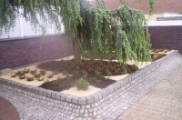 Bild Heidegarten am Büro- und Hauseingang