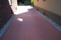 Bild Einfahrt mit Hoffläche