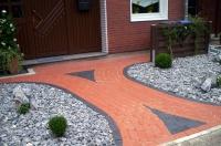 Bild Hauseingang mit Klinkerpflaster